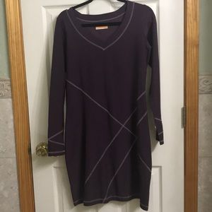 Lucy Tech eggplant long sleeve dress size L